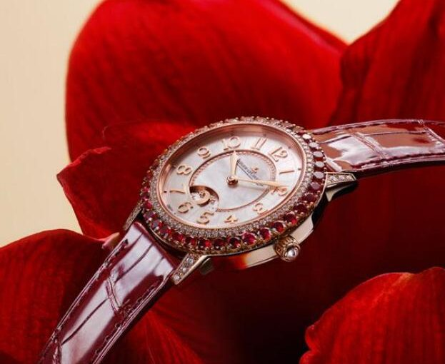 Dazzling Red Jaeger-LeCoultre Rendez-Vous Replica Watches For Women