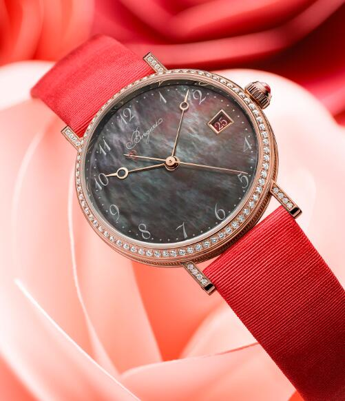 Hot-selling duplication watches have precious materials.