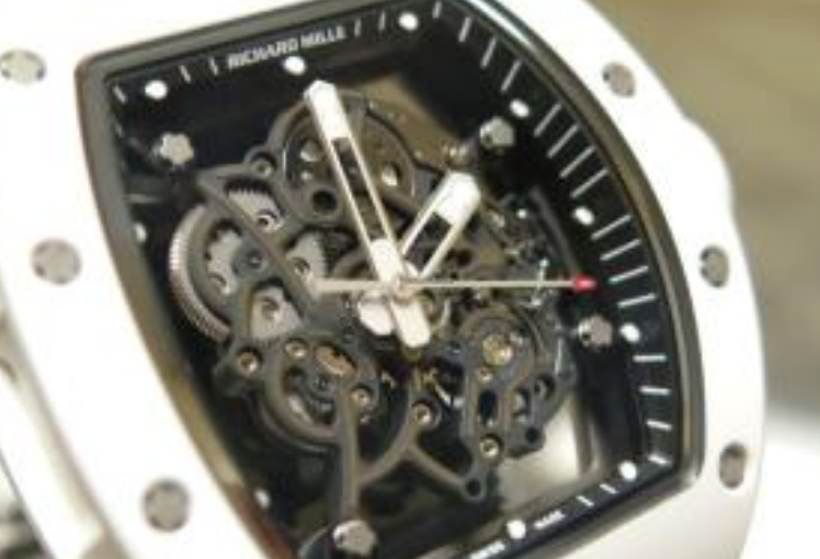 Why He Only Fond Of The White Richard Mille RM 055 Replica Watches?