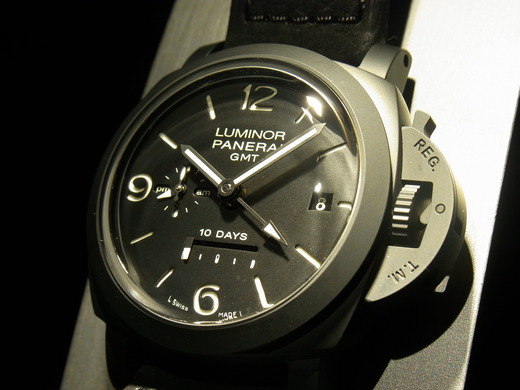 44MM All Black Panerai Luminor 1950 GMT Knockoff Watches For Tough Men
