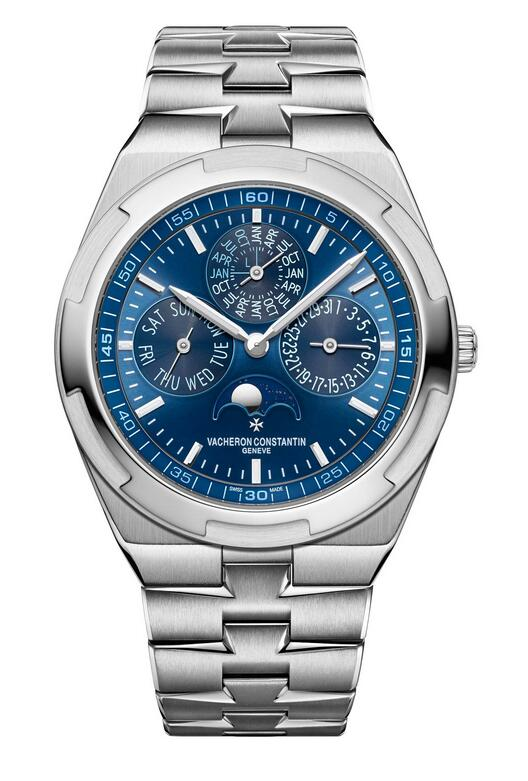 Blue colored dials enhance the attraction of the replica watches online.
